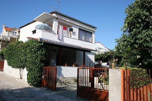 Ferienhaus Ingrid in Slatine