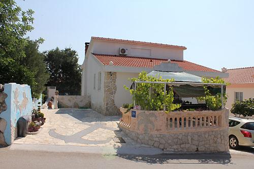 Ferienhaus Stipe in Okrug Gornji