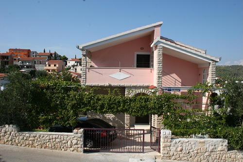 Ferienhaus Mise in Okrug Gornji