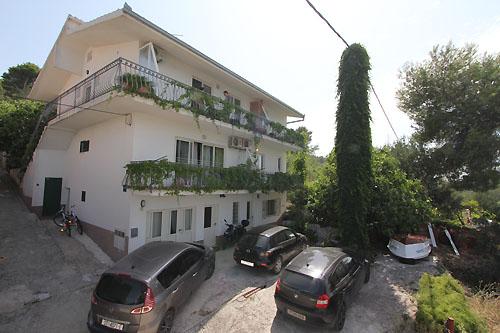 Ferienhaus Ada in Arbanija