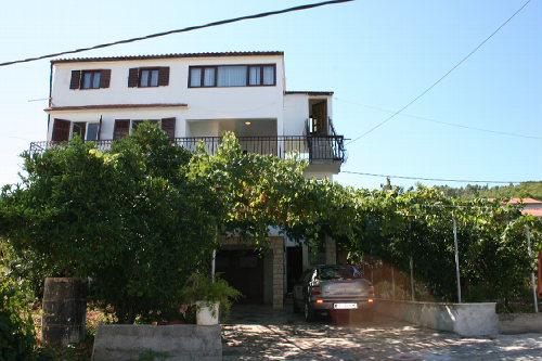 Ferienhaus Kiki in Arbanija