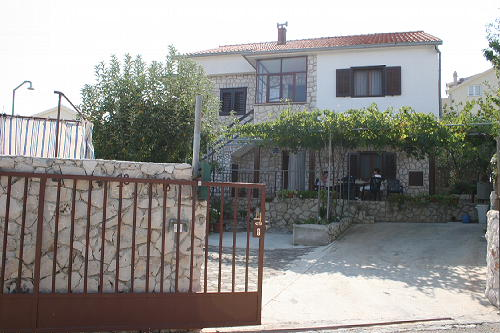 Ferienhaus Katja in Okrug Gornji