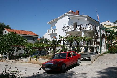 Ferienhaus Pusic in Okrug Gornji