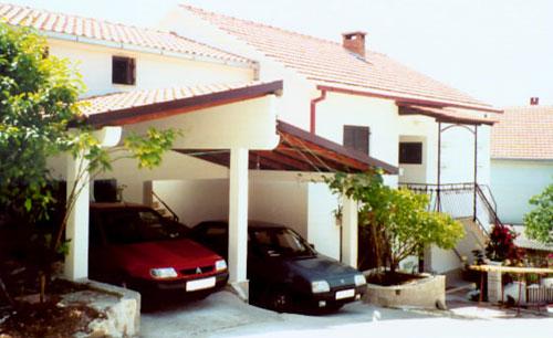Ferienhaus Toni in Okrug Gornji