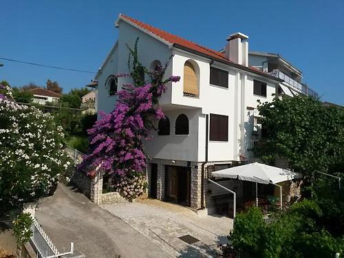 Ferienhaus Dedic in Okrug Gornji