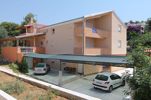 Ferienhaus Milan in Okrug Gornji