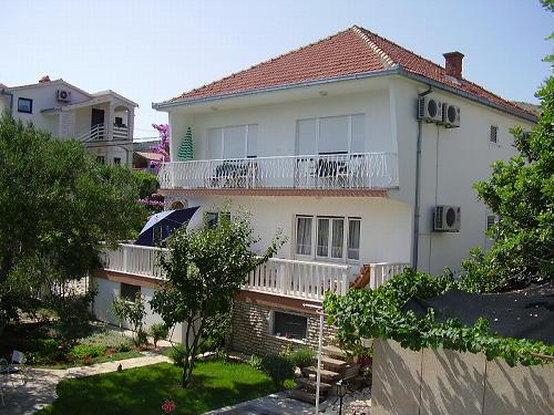 Ferienhaus Mila in Arbanija